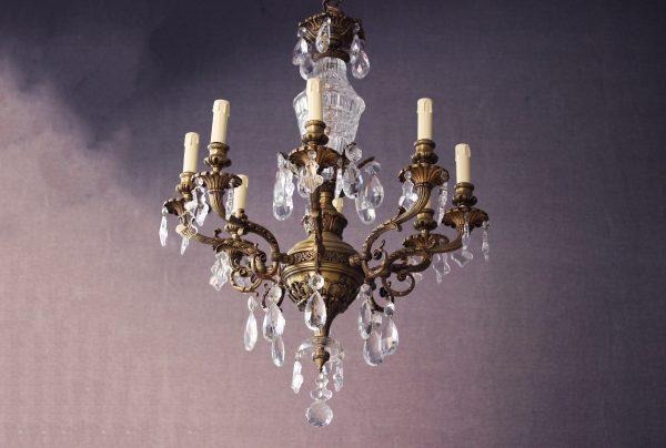 Lámpara de bronce dulce