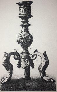 Fig. 2.- Candelero Renacimiento italiano. (Museo Nacional de Florencia)
