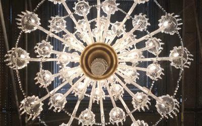 Restauración lámpara araña de cristal de gran tamaño